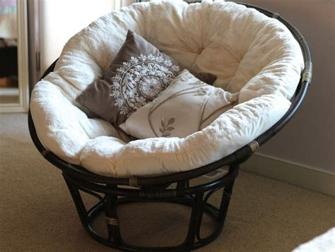 black rattan outdoor papasan chair  white cushion