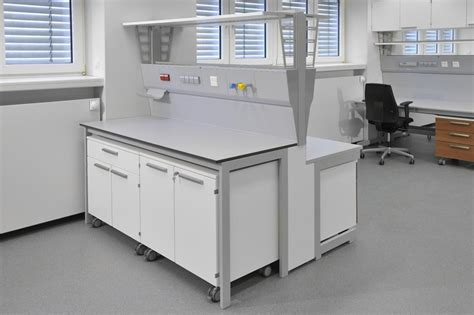 laboratory furniture from the specialist waldner