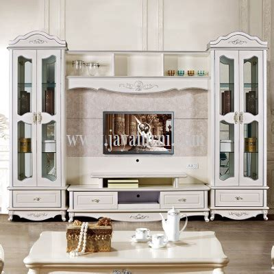 desain lemari tv klasik bufet tv lemari pajangan kaca desain klasik jayafurni