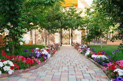 dekoelemente garten rochester garden edging decorative garden edging
