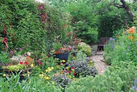 garden pics the art garden garden designers roundtable transitions