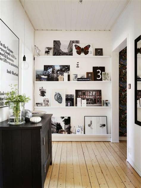 Ikea Ribba Picture Ledges Wąskie Białe P 243 łki Na ścianie Czarno Biał Zdjęcie W