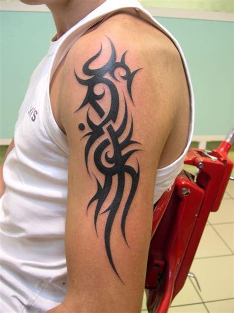 tattoo tribal epaule homme tribal 233 paule gauche 1 photo de tribal tattooer