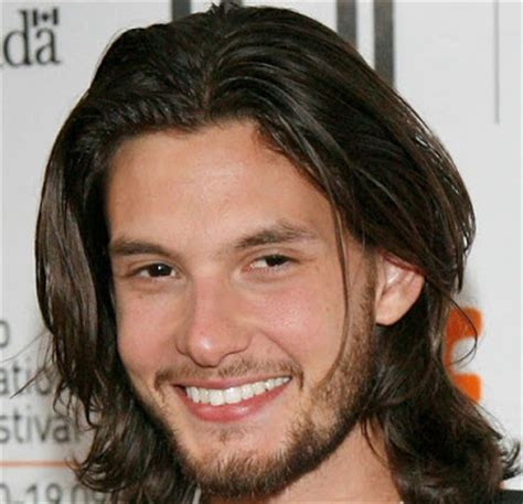 finding the best mens hairstyles for triangular face shapes 10 hairstyles for men according to face shape