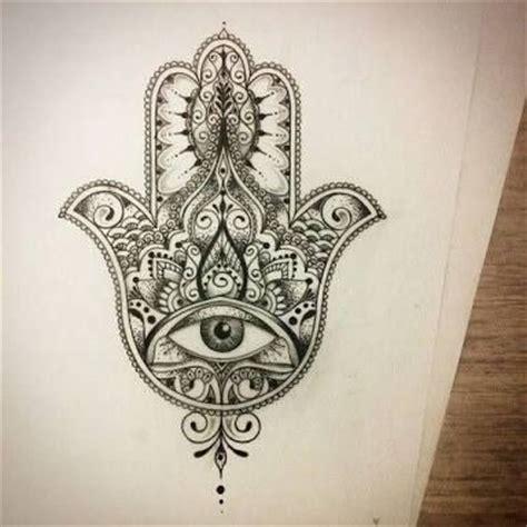 tattoo di islam hamsa tattoo pesquisa google tattoos pinterest