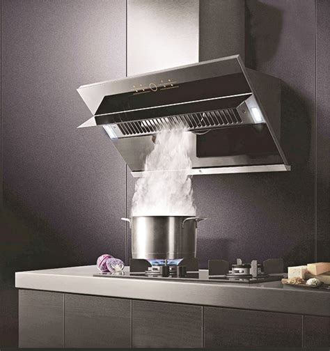 Chinese manufacturer Fotile designs an exhaust hood that