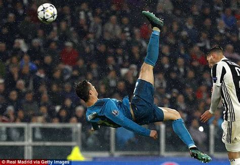 ronaldo juventus bicycle kick cristiano ronaldo s top 10 goals for real madrid and united daily mail