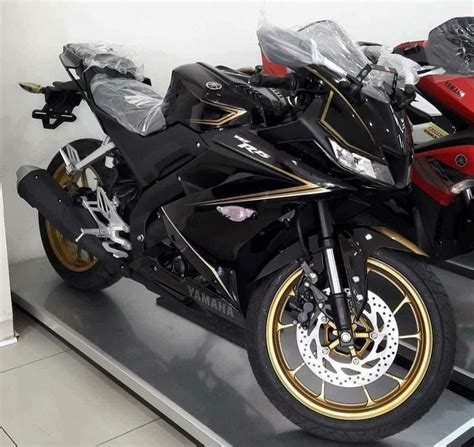 Teringann All New Yamaha R15 yamaha r15 v3 0 special edition spied at a dealership in