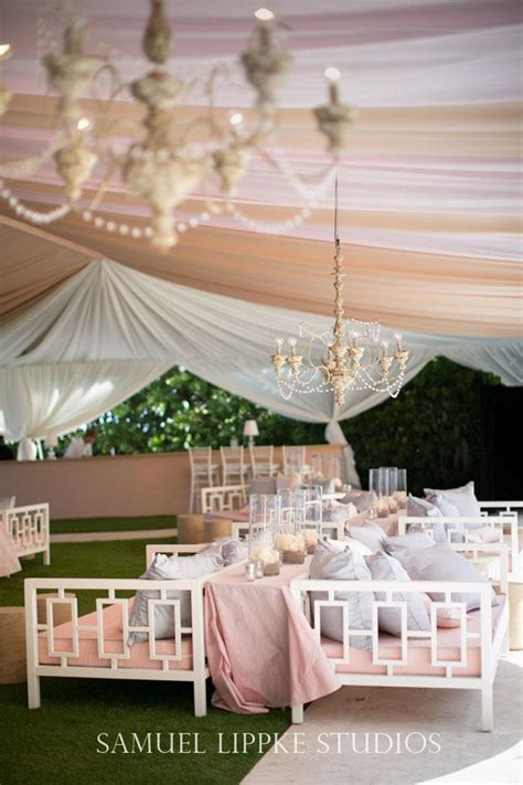 Draping A Tent Decoraci 243 N De Carpas Para Bodas 20 Ideas Creativas