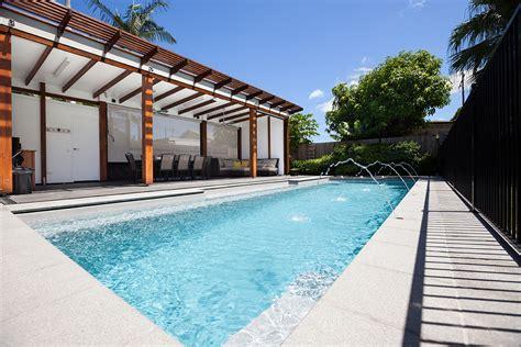swimming pool builders fibreglass swimming pools