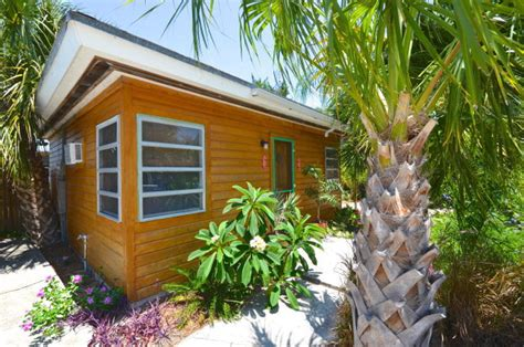 a tropical tiny house in florida s cedar key