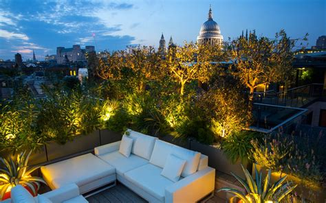 terrazzo giardino come abbellire giardino