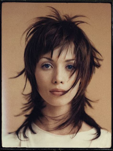 chelsea haircut story 51 best haircuts images on pinterest skinhead girl
