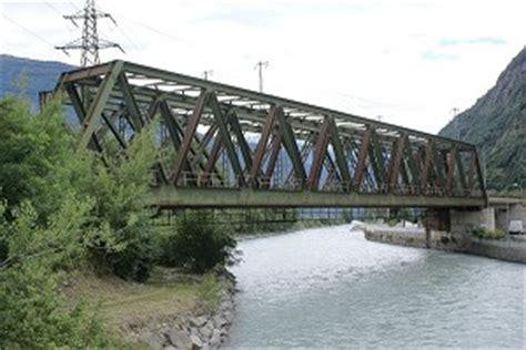 Pont A Treillis by Ponts En Poutre En Treillis Type Warren Structurae