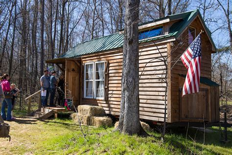 tiny houses atlanta first annual georgia tiny house festival draws thousands atlanta magazine