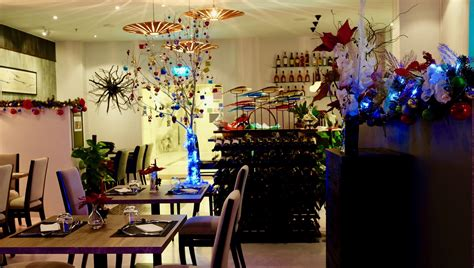 oak room tavern oak room restaurant bar singapore burpple