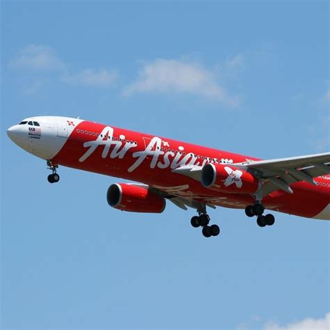 airasia flight from perth to bali plummets 20 000 feet cnn airasia flight from perth to bali turned around after mid