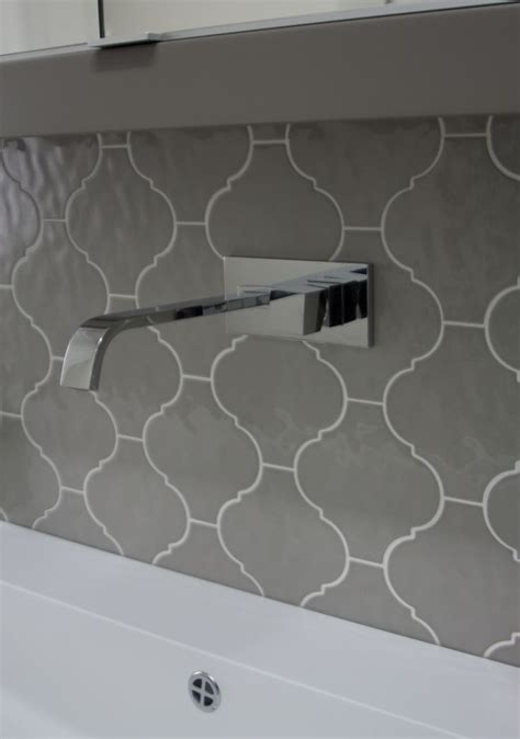 Onyx Tiles Bathroom by Arabesque Moroccan Lantern Tile Scene 13 Bv Tile And Stone