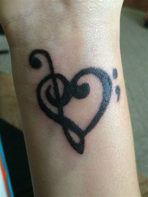 treble clef heart tattoo treble and bass clef with semi colon our tattoos