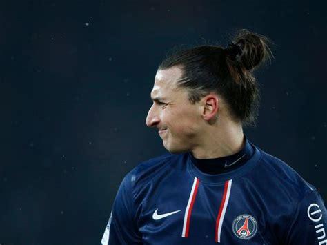 coupe de cheveux samourai en images le footballeur zlatan ibrahimovic en douze