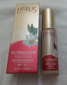 Lotus Cosmetics Price Lotus Herbals Nutraglow Daily Tinted Moisturiser Spf 25 Review