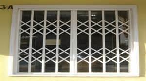 grille de protection articul 233 e rideau m 233 tallique
