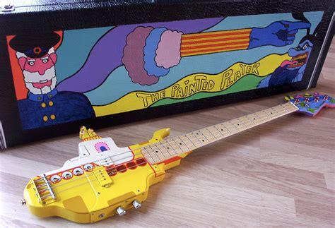 guitar tutorial yellow submarine we all live in a yellow submarine yellow submarine