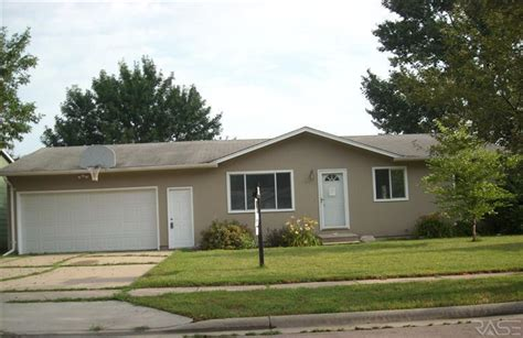 houses for sale in sioux falls sd 6112 w 58th st sioux falls south dakota 57106 reo home details reo properties and