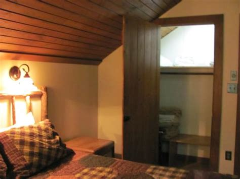 family room in family cabin picture of abe martin lodge