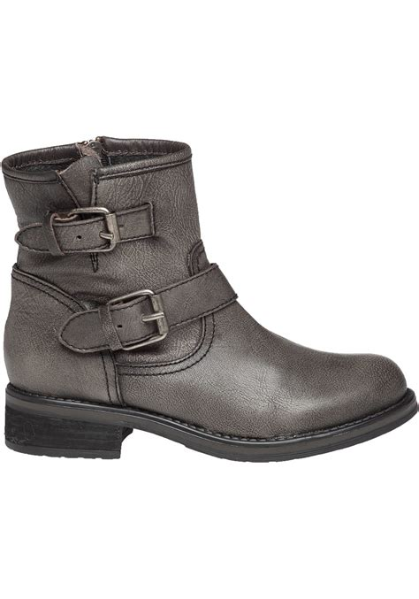 steve madden damiannn dual buckled leather boots in gray