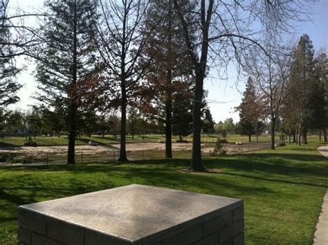 park bakersfield pin oak park parks bakersfield ca reviews photos yelp