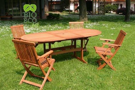 tavoli e sedie da giardino in legno sedie per giardino tavoli da giardino sedie per il