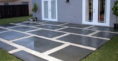 create  stylish patio  large poured concrete pavers