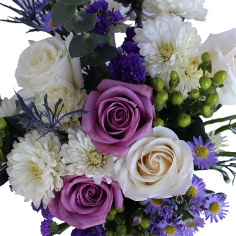 purple and white centerpieces for weddings purple and white wedding centerpieces