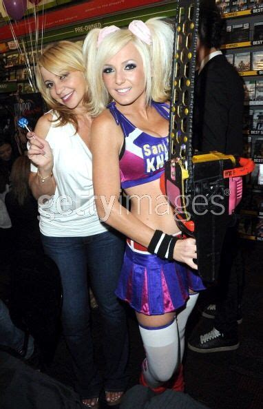 tara strong phone number pin jessica nigri lollipop chainsaw cosplay on pinterest