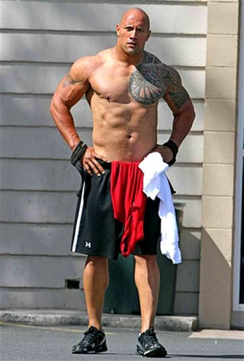 rock bodi dwayne quot the rock quot johnson measurements height weight shoe size stats