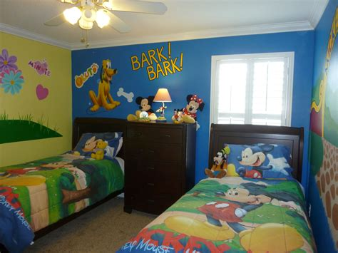 disney themed bedrooms pictures orlando florida vacation home six 6 bedrooms by