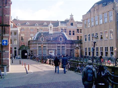 Amsterdam Mba Ranking by Amsterdam Brings In Reputation Managers