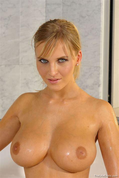 Cikita Nude In Photos From The Life Erotic