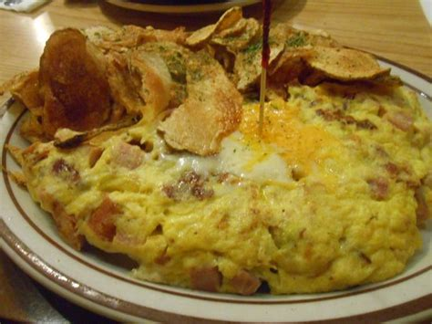 Delicious White Bread With Butter Foto Di Omelet House Las Vegas Tripadvisor