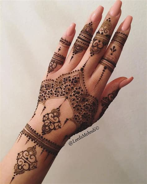 Wedding Henna by Henna Designs Inside Makedes