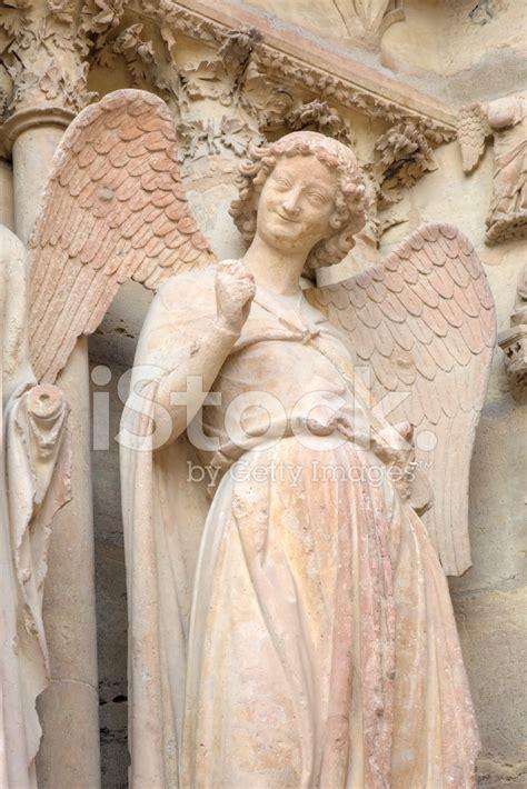 angelo cattedrale di notre dame de reims francia