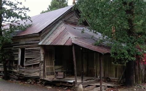 Cing Cabins Northern California by Visit These 7 Haunted Northern California Towns At Your Own Risk