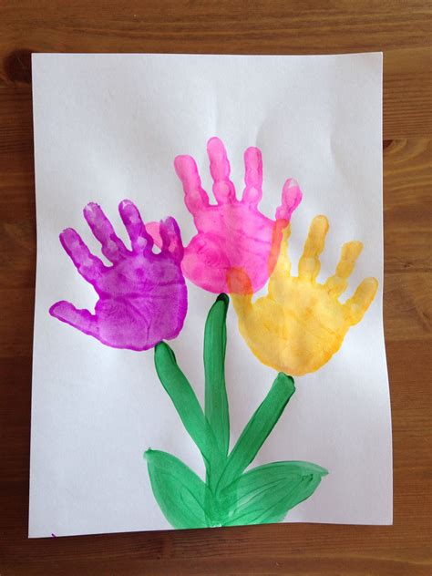 flower pattern for preschool handprint flower craft spring craft preschool craft