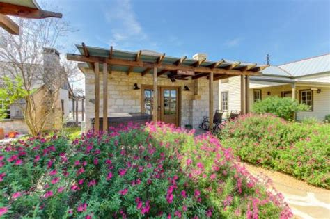 wine country cottages the wine country cottages on vacation rentals by vacasa