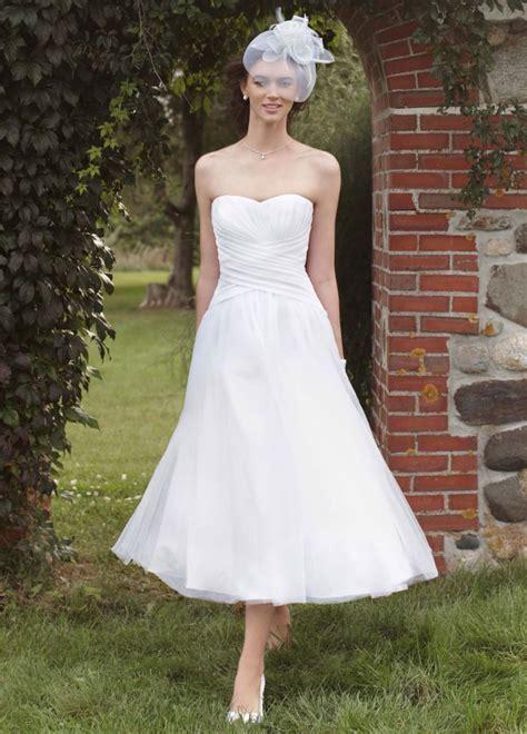 10 reasons love tea length wedding dresses huffpost