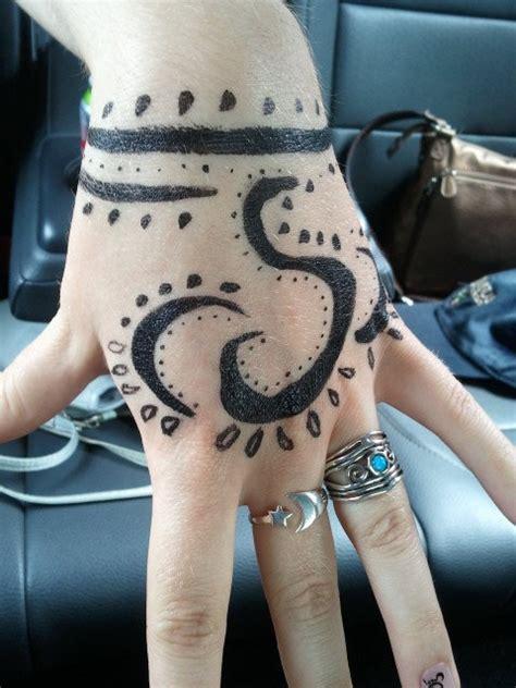 henna tattoo quanto dura semi paisley temporary by impchan on deviantart