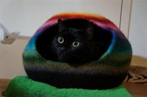 pattern cat cave crochet cat cave free pattern lots of ideas the whoot