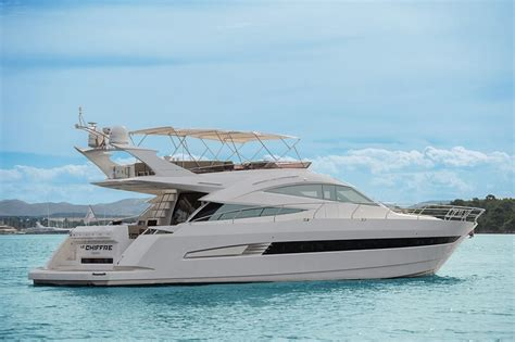 galeon yacht yacht galeon 640 fly le chiffre topluxuryacht