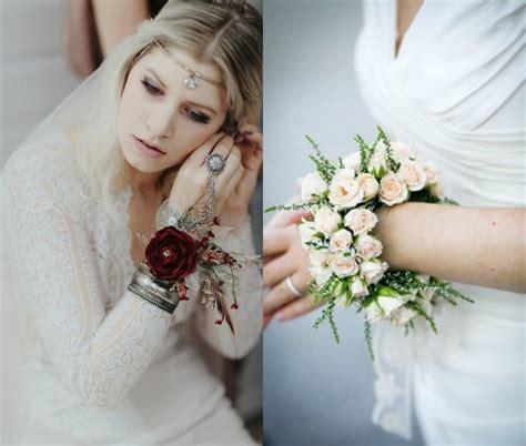 Korsase Wedding Braidsmate unique idea to wrist wraps bridal floral corsage designs weddceremony